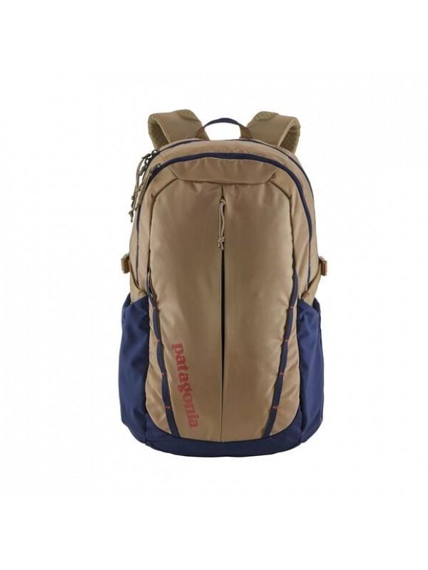 Patagonia Refugio Backpack 28L  : Mojave Khaki w/Classic Navy